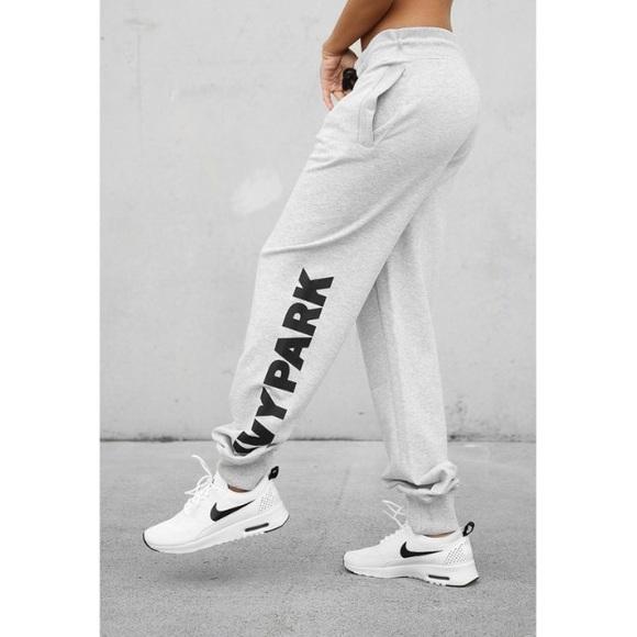 c818981b63903 IVY PARK Pants - IVY PARK logo joggers